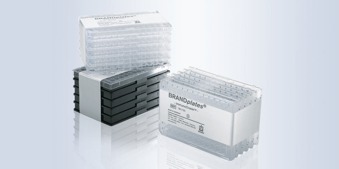 Microplates and multiwell plates